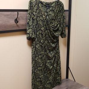 Women's green and black dress
